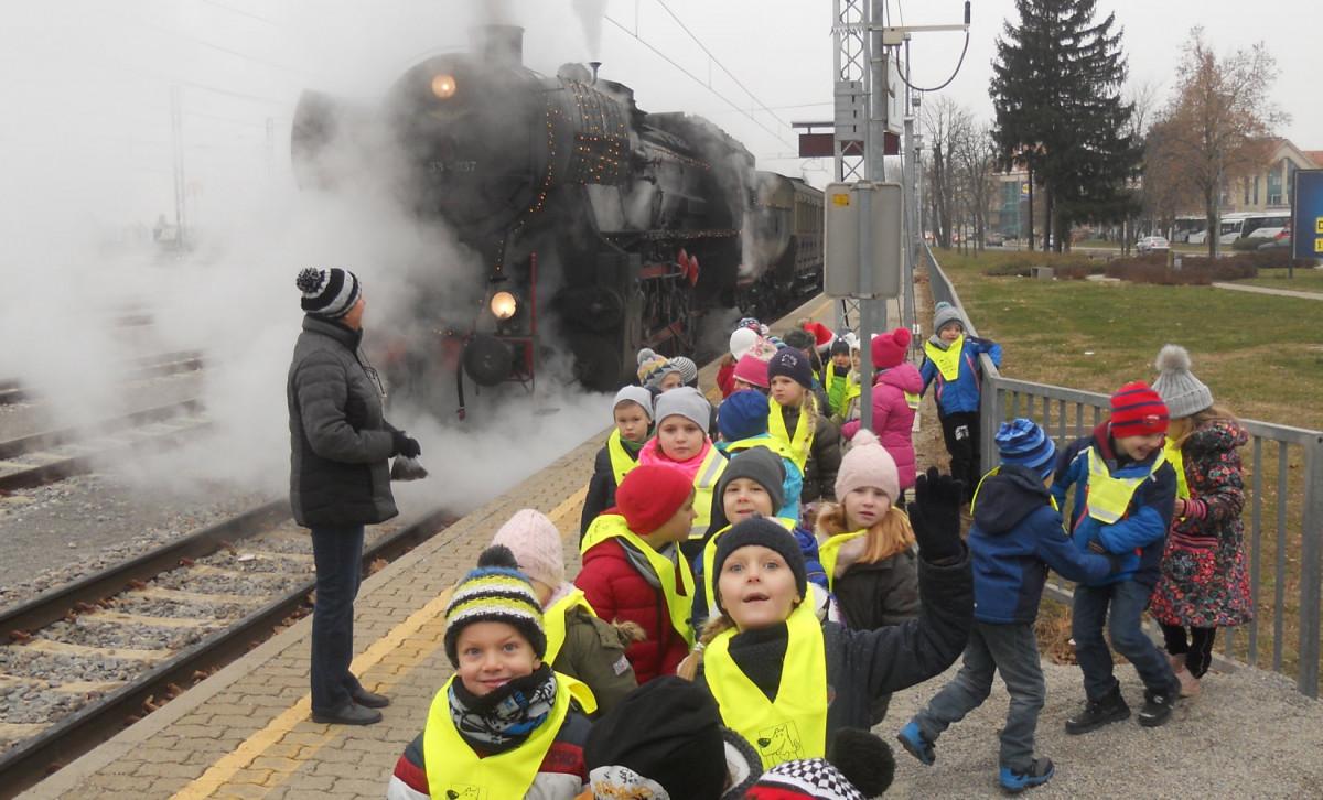 2016_12_22_Parni_vlak_1r
