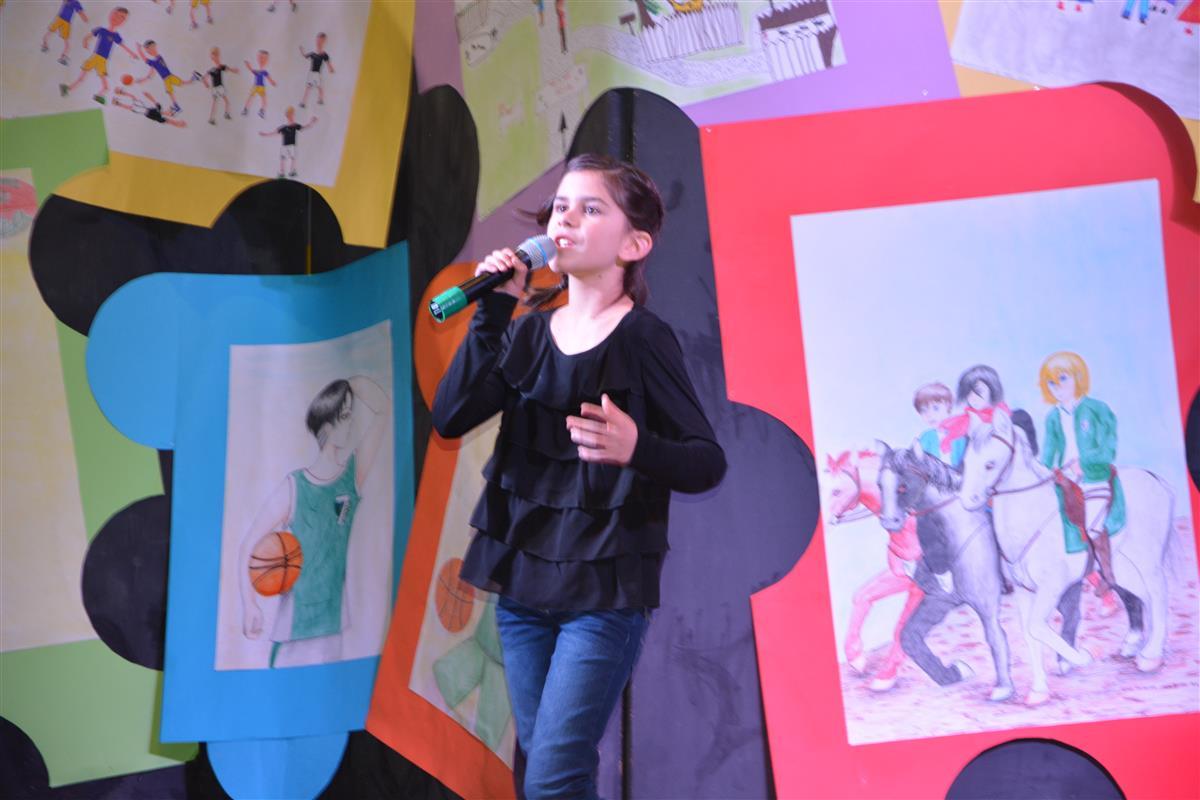 2016_12_14_otroci_pojejo_na_olgici-18