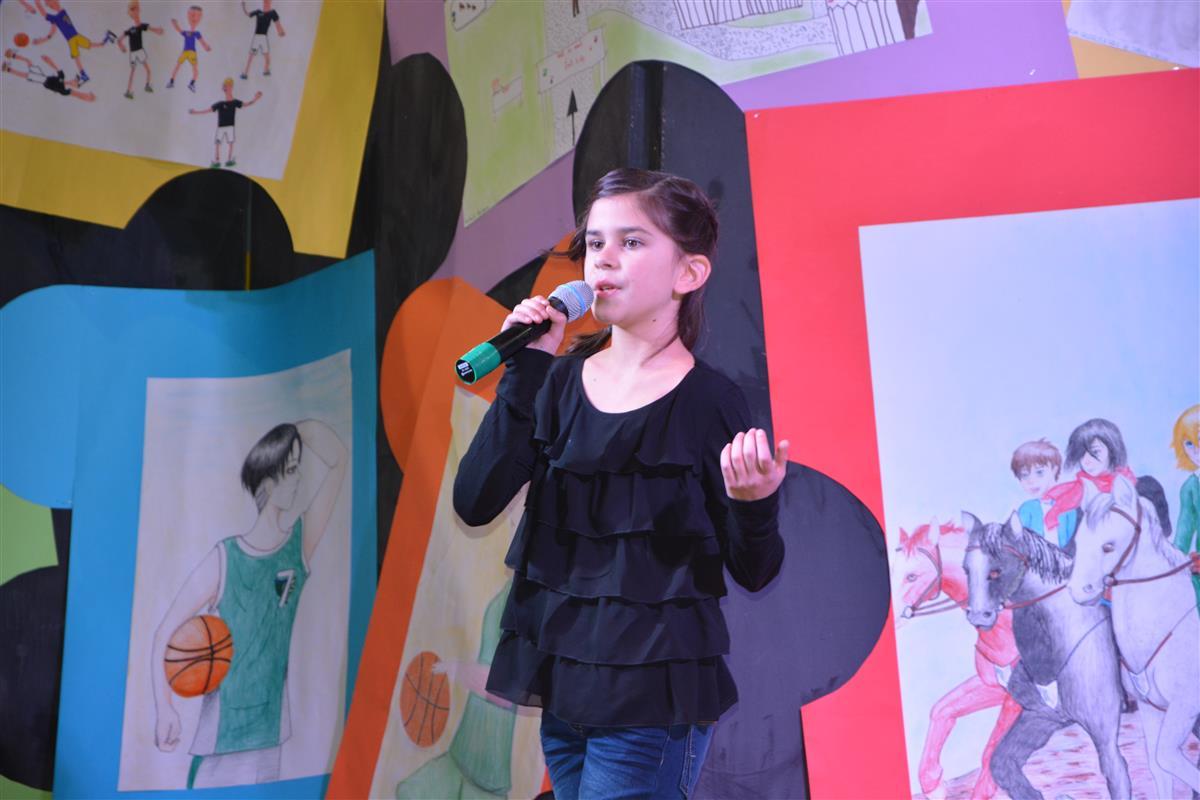 2016_12_14_otroci_pojejo_na_olgici-21