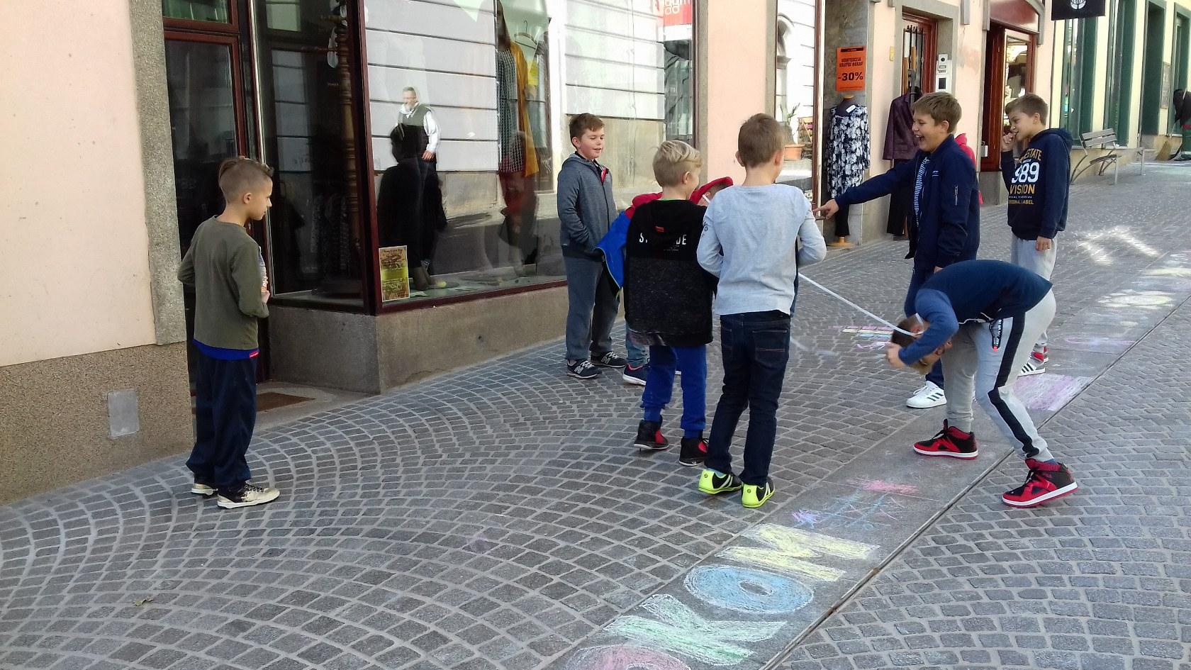 2017_09_22_ulice_otrokom-5