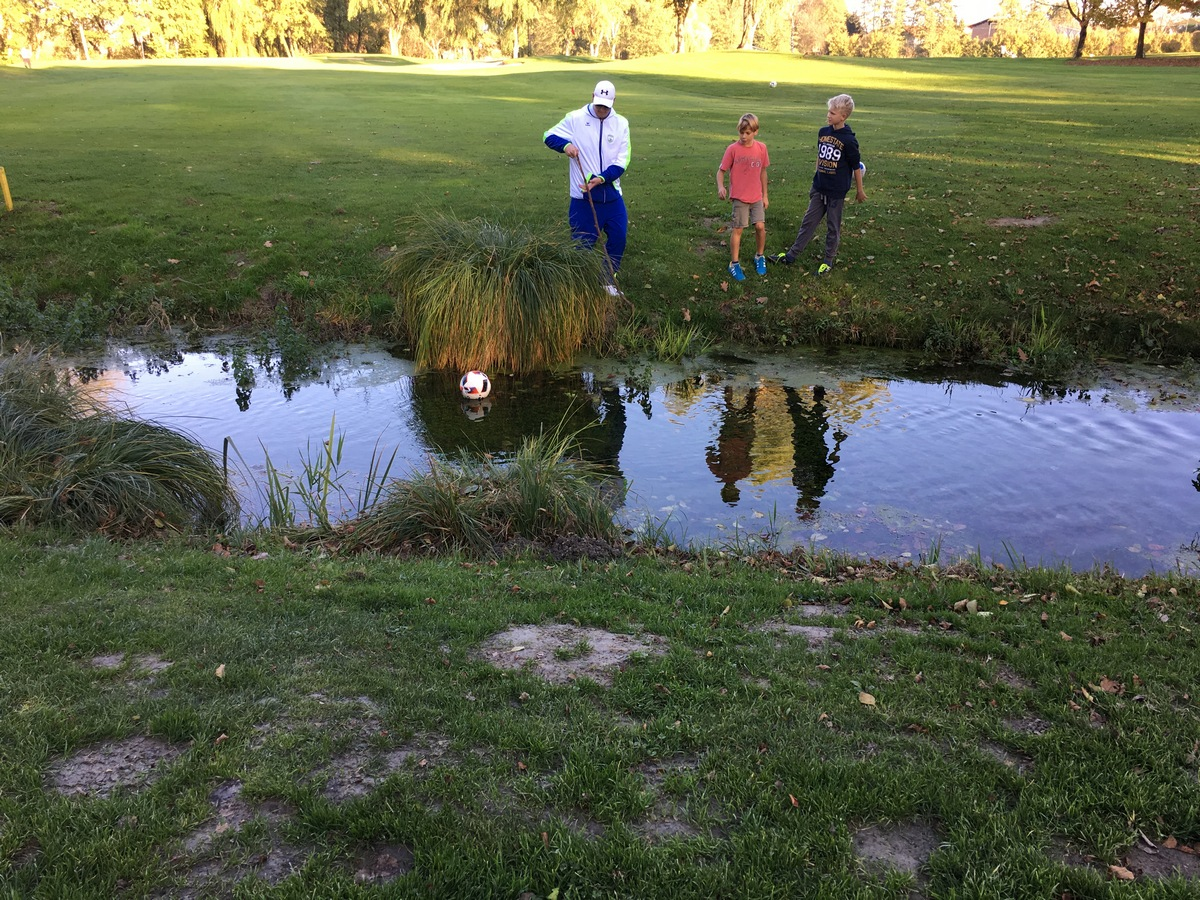 2017_10_19_footgolf-12
