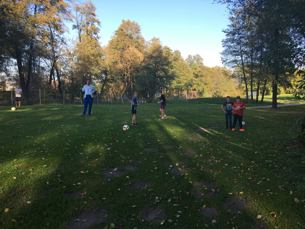2017_10_19_footgolf-4