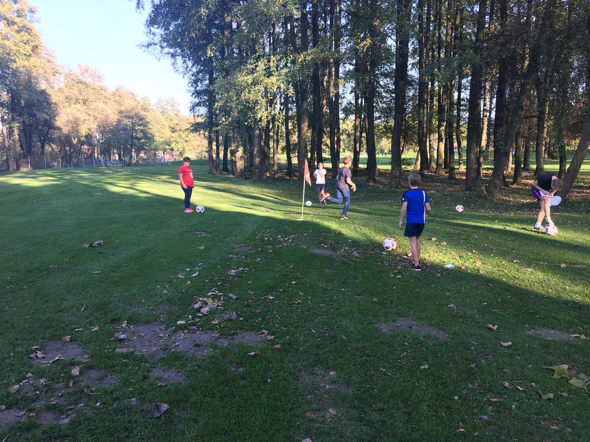 2017_10_19_footgolf-7