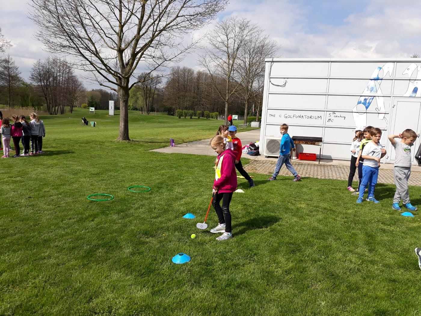 2019_04_18_sportni_dan_1vio_golf-5