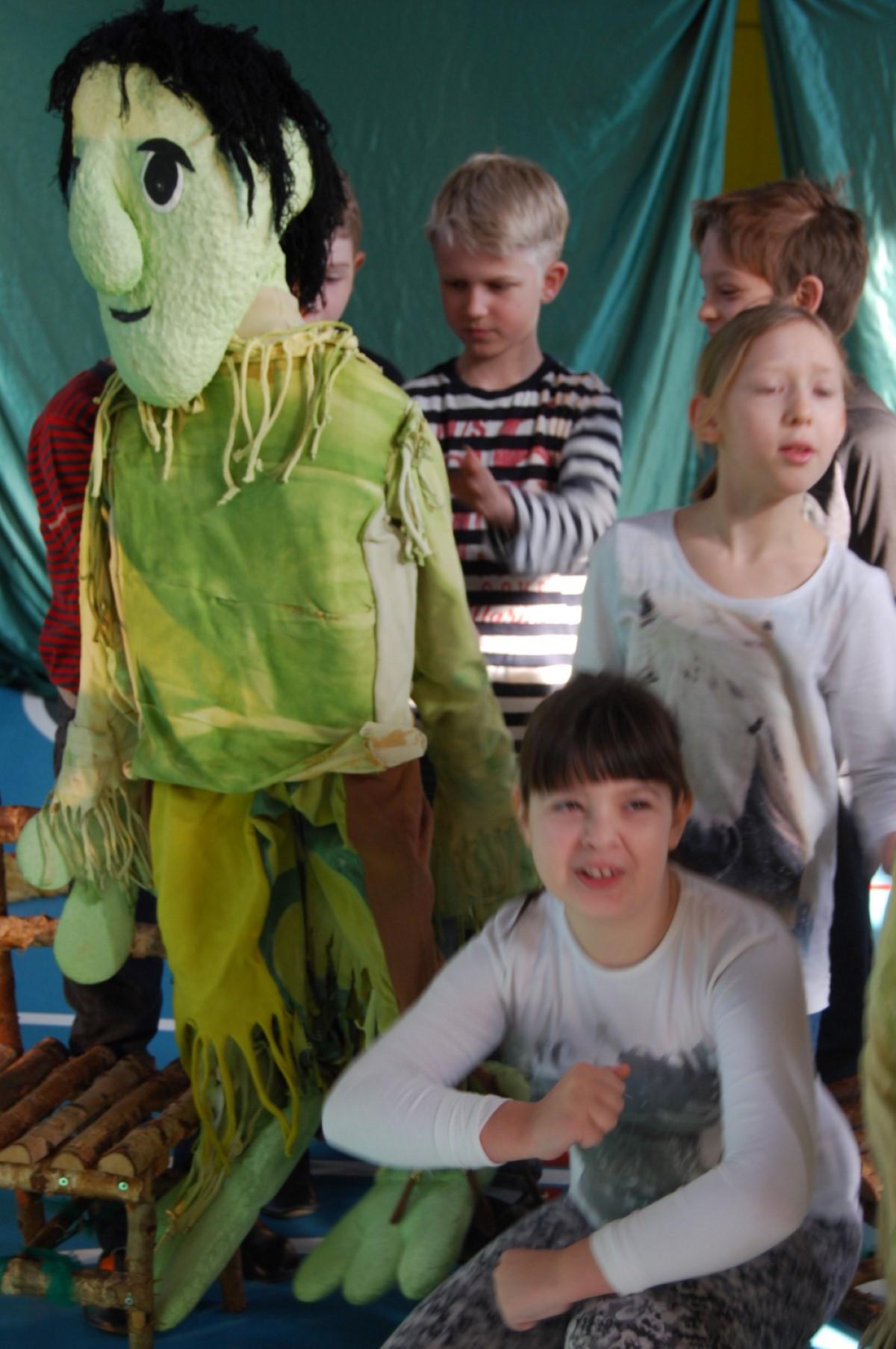 20106_03_11_naravoslovni_lutkovna-18