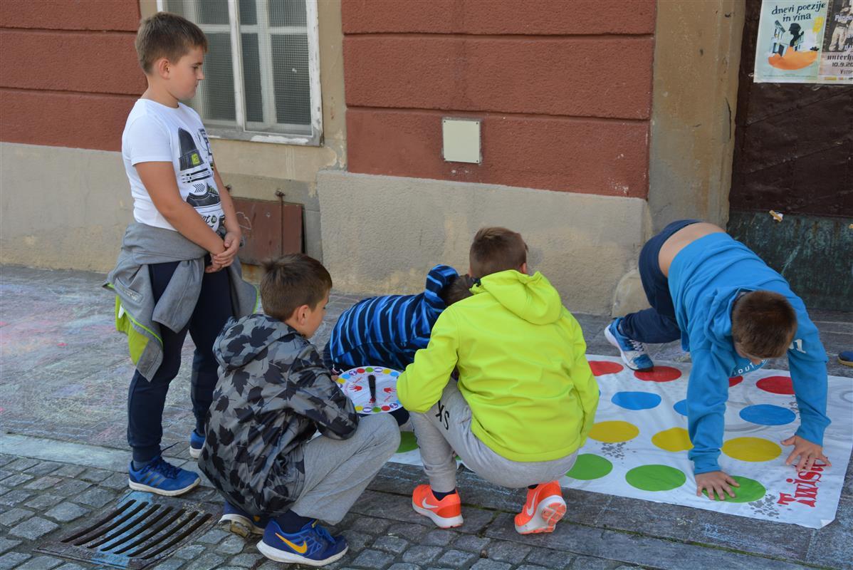2016_09_22_ulice_otrokom-38