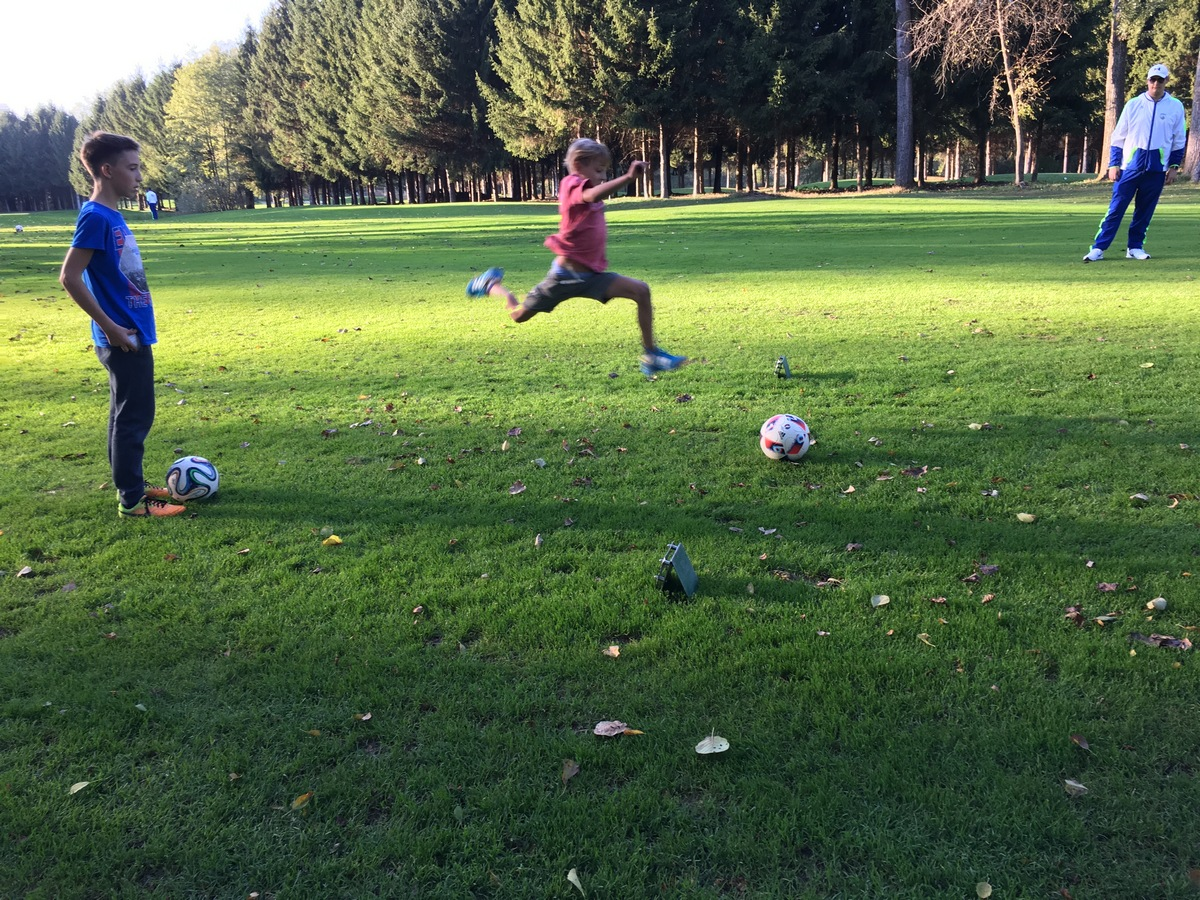 2017_10_19_footgolf-11