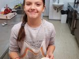 priprava-jabolcne-cezane-in-ananasovega-smutija-4_1680x945