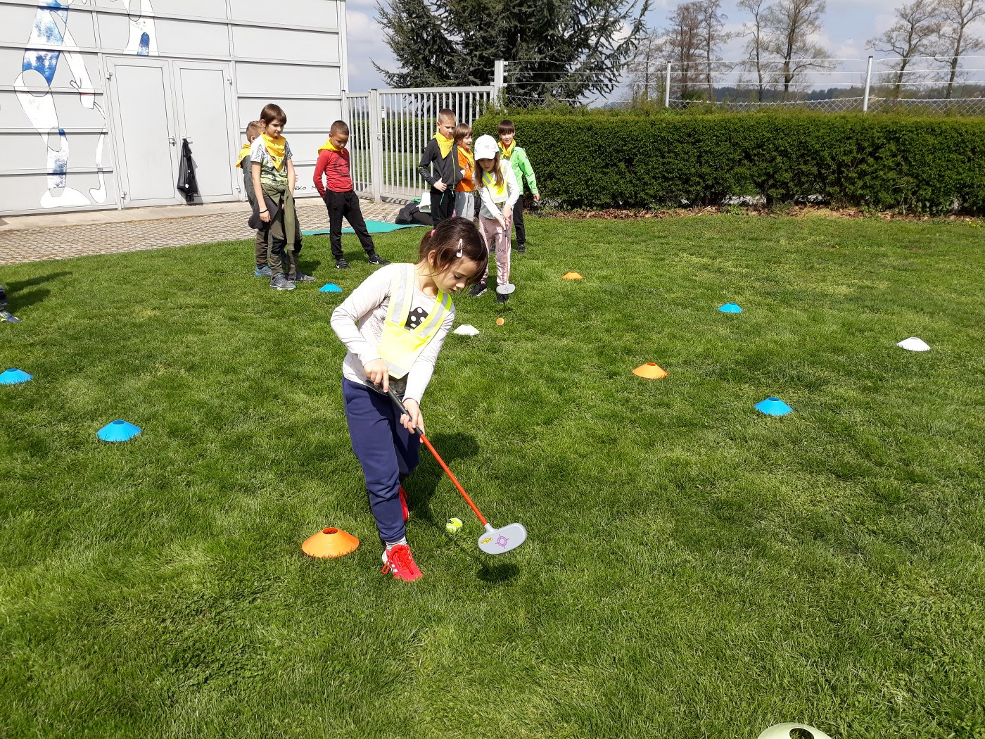 2019_04_18_sportni_dan_1vio_golf-19