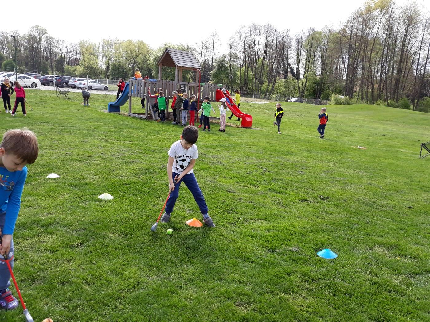 2019_04_18_sportni_dan_1vio_golf-4