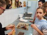 2019_11_12_delavnica_izdelave_cokoladnih_pralin-17